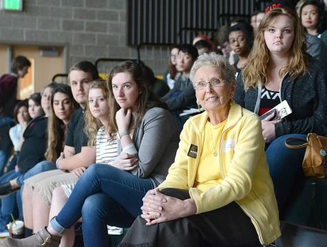 Legendary former Auburn adviser Fern Valentine looks on during the award ceremony.